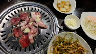 Nhà hàng BBQ ở Dongdaemun